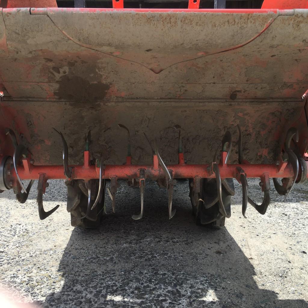 トラクターの爪交換